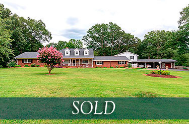 Cowpens SC gentleman's estate with barn for sale