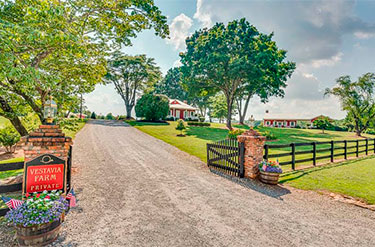 Horse farms for sale | WNC and Upstate SC | Lillie Brown